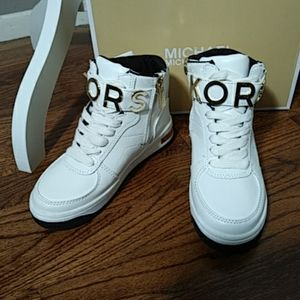 NEW Michael Kors White High Top Sneakers